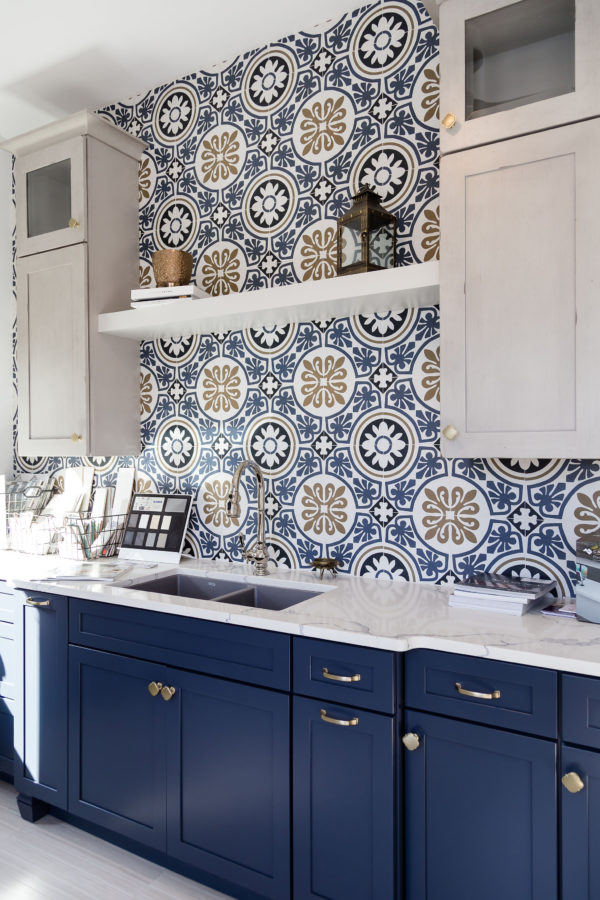 Muse Kitchen and Bath installs porcelain walls in home, Columbus, Georgia